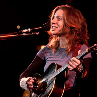 10/01/2012 | Ani DiFranco – Union Chapel, London (Photos)