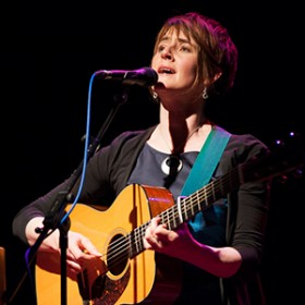 In Photos: Karine Polwart – The Stables, Milton Keynes (15th May 2013)